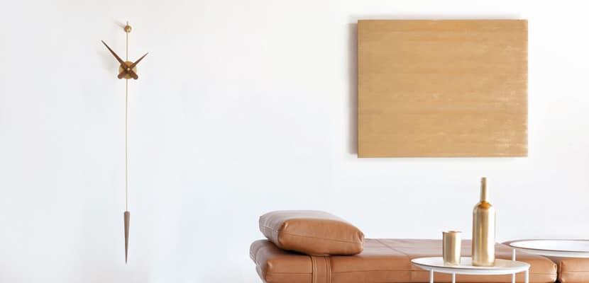 reloj de pared para decorar tu hogar en estudio ambiente
