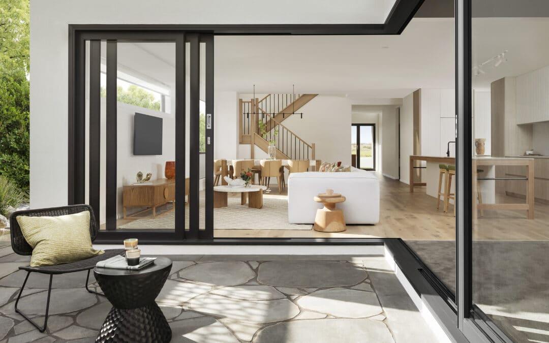 Aprovechar rincones difíciles con muebles a medida