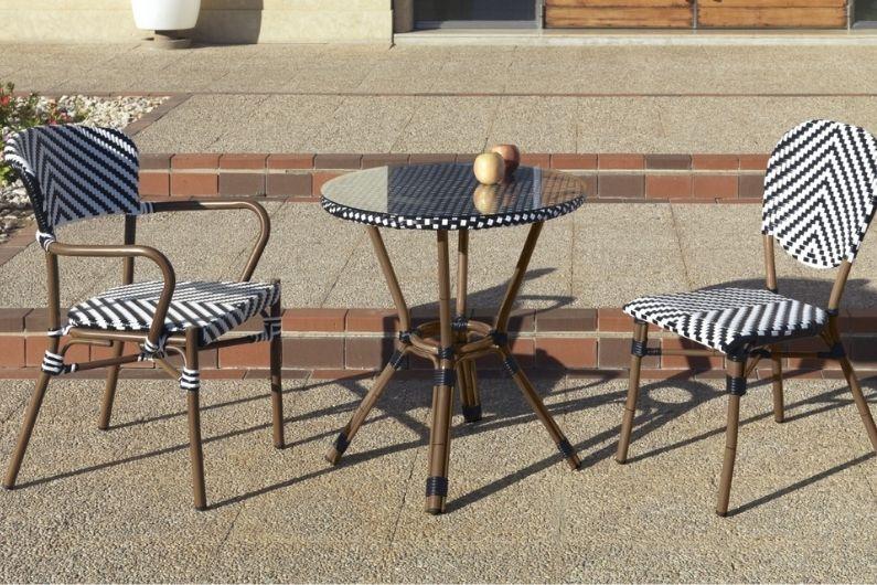 Mesa y sillas de terraza Arkimueble